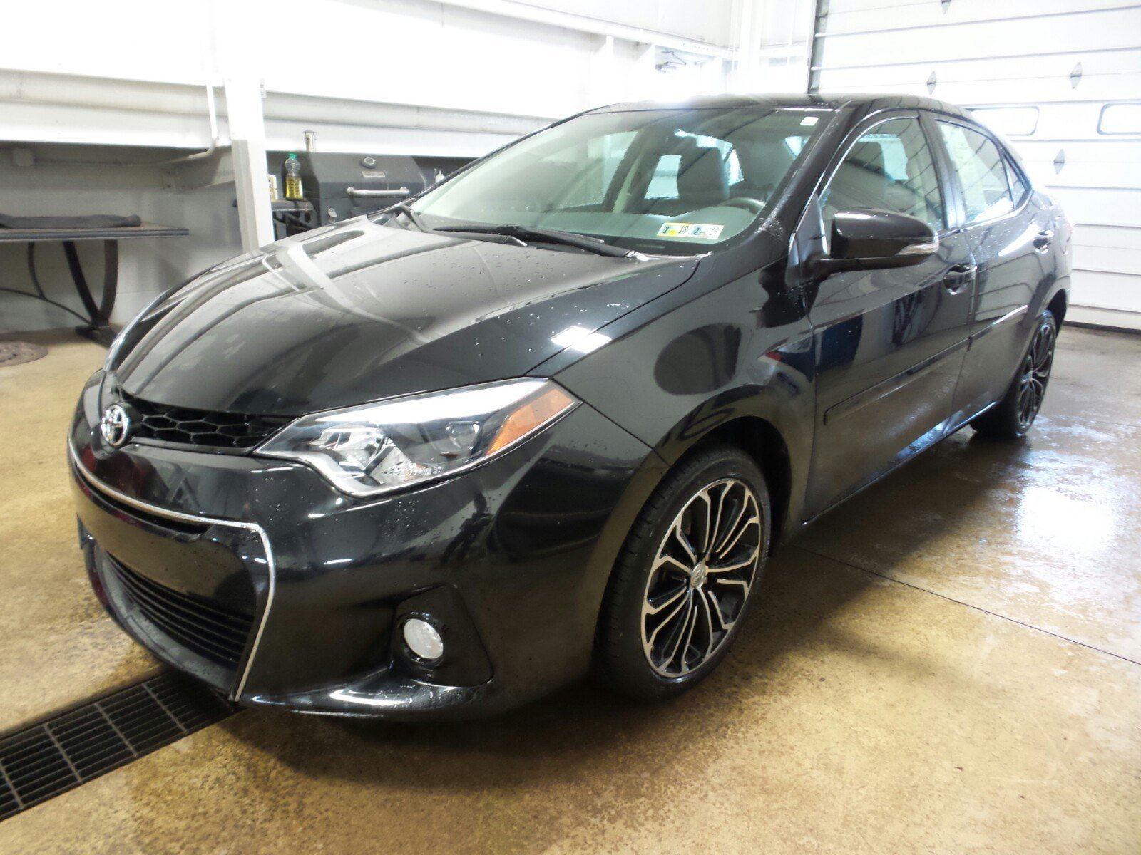oil change on how much is a 2014 toyota corolla autos post. Black Bedroom Furniture Sets. Home Design Ideas